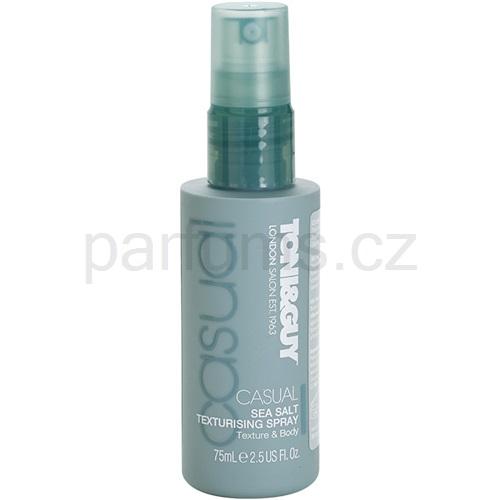 TONI&GUY Casual stylingový sprej s mořskou solí (Sea Salt Texturising Spray) 75 ml
